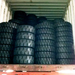 LOADING FORKLIFT TIRE