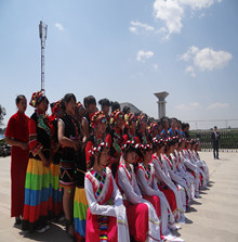 我校进行少数民族歌舞选拔参赛