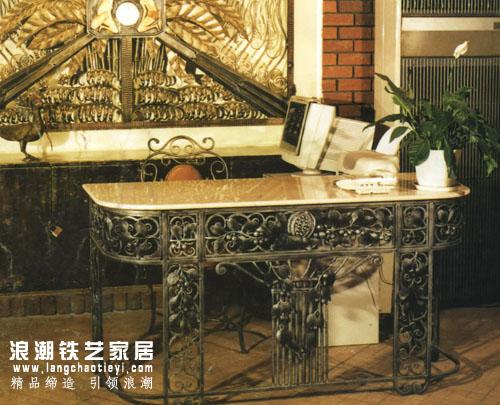 欧式锻造铁艺 古铜色 酒吧吧台_精品家具系列_酒吧桌&酒吧凳&吧台