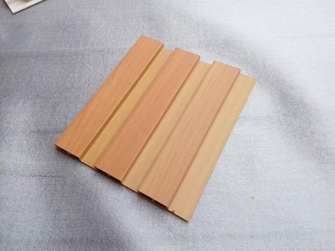 经典木纹生态木墙板上市中