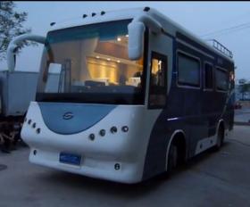豪车一族改装大型房车旅居车