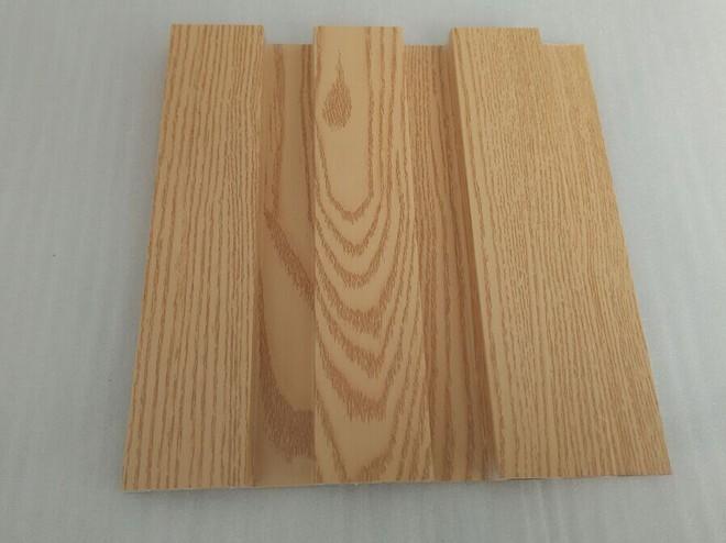 大自然生态木主要生产生态木生态木长城板生态木吊顶生态木吸音板PE木塑地板。欢迎来电咨询 大自然生态木有限公司大自然生态木,专业的生态木生产厂家,同时也是临沂最大的生态木厂商,我司主要生产生态木、生态木长城板、生态木吊顶、生态木方木、生态木地板、生态木吸音板、生态木防火阻燃型材、生态木木纹系列产品、木塑地板、PE户外型材、木塑护栏、等一系列生态木产品。大自然生态木,目前我司共有生产木塑型材挤出机 38 条 ,员工 400余人 ,是山东临沂最大的木塑生产厂家,主要产品覆盖生态木全系种类。本公司生产的生